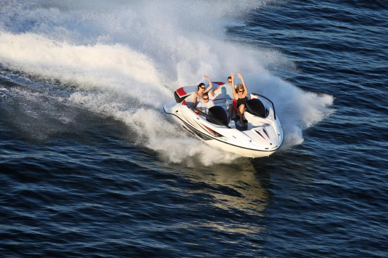 2009Sea-Doo200Speedster-Action6.jpg