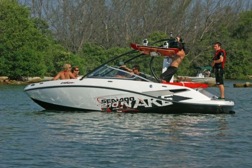 2010 Sea-Doo 210 WAKE sport boat - on-water (16).jpg