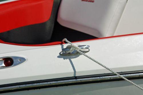 2010 Sea-Doo 210 WAKE Sport Boat -  Details - pop-up cleat.j