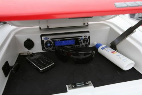 2010 Sea-Doo 230 WAKE sport boat - Details Sound system acce
