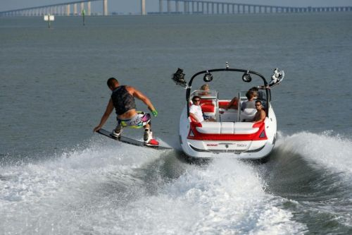2010 Sea-Doo 230 WAKE sport boat - On-Water (3).jpg