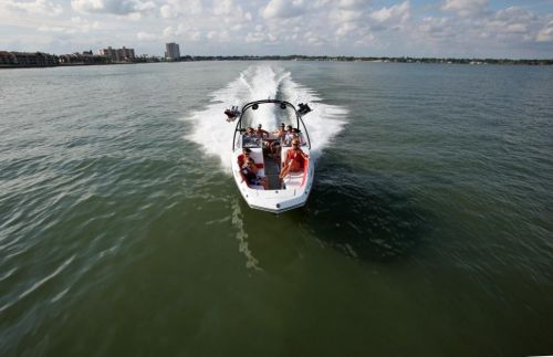 2010 Sea-Doo 230 WAKE sport boat - On-Water (7).jpg