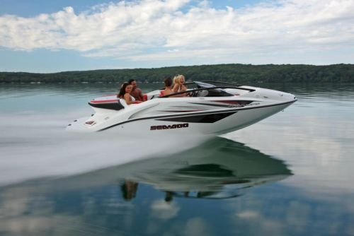 2010 Sea-Doo 200 Speedster sport boat - on-water (6).jpg