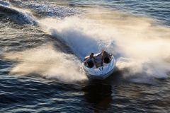 2010 Sea-Doo 200 Speedster sport boat - on-water (5).jpg