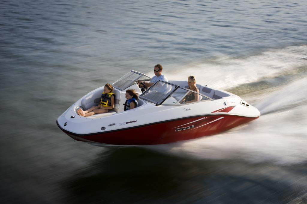 2010 Sea-Doo 180 Challenger sport boat - on-water (2).jpg