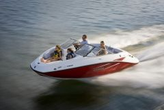 2010 Sea-Doo 180 Challenger sport boat - on-water (7).jpg