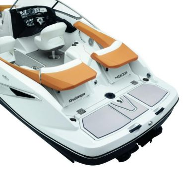 2010 Sea-Doo 210 Challenger - Studio-Transat up.jpg
