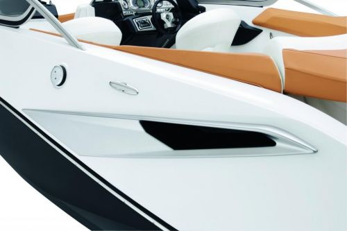 2010 Sea-Doo 210 Challenger - Studio Accent.jpg