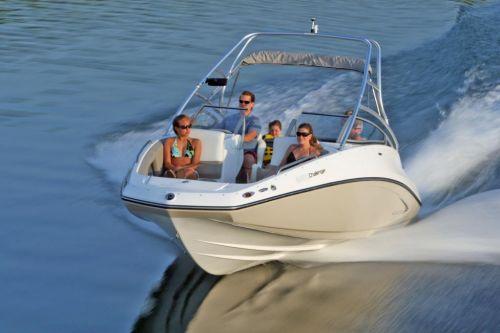 2010 Sea-Doo 230 Challenger SE sport boat - on-water (10).jp