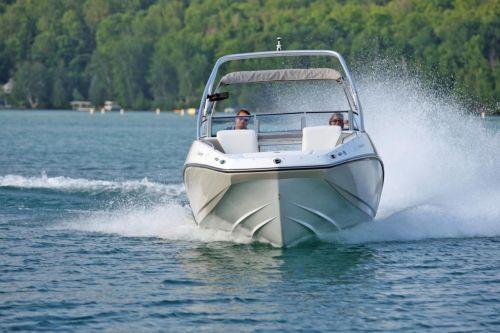 2010 Sea-Doo 230 Challenger SE sport boat - on-water.jpg