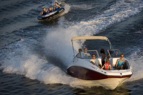 2010 Sea-Doo 230 Challenger SE sport boat - on-water (1).jpg