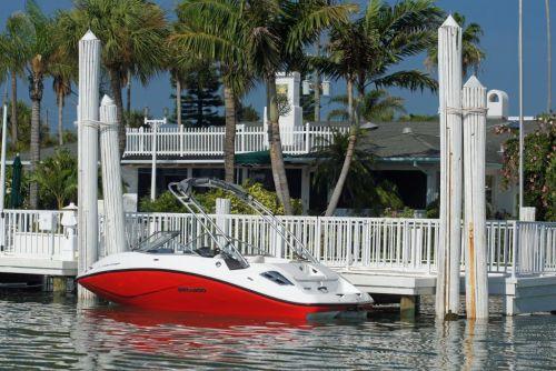 2011 Sea-Doo 180 Challenger Boat - Lifestyle (3).JPG