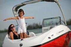 2011 Sea-Doo 180 Challenger Boat - Lifestyle (4).JPG
