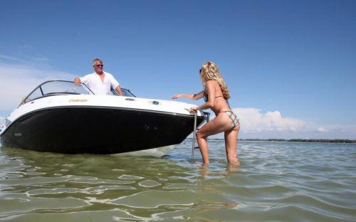 2011 Sea-Doo 210 Challenger Boat - Lifestyle.jpg