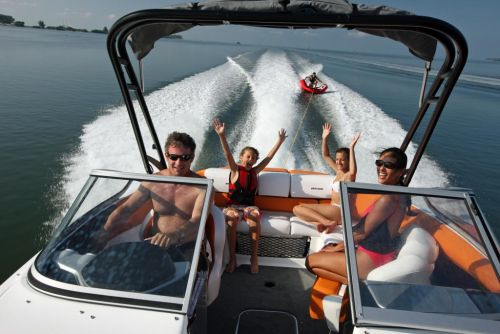 2011 Sea-Doo 230 SP Boat - Action (7).JPG