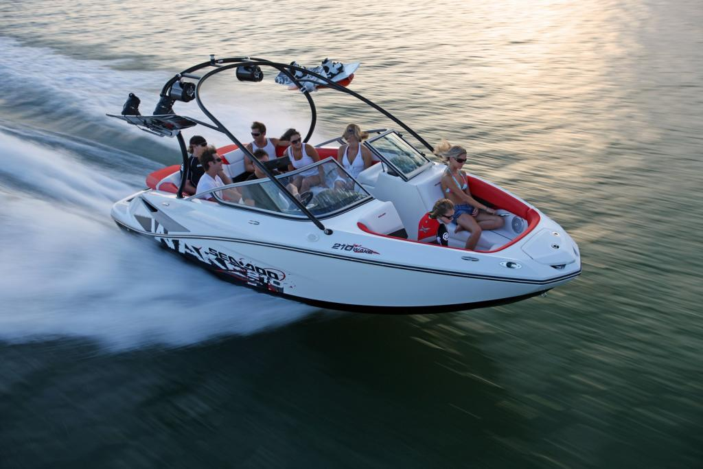 2011 Sea-Doo 210 WAKE Boat - on-water (19).JPG