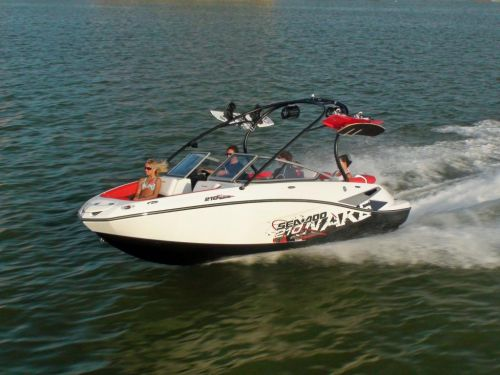 2011 Sea-Doo 210 WAKE Boat - on-water (17).JPG