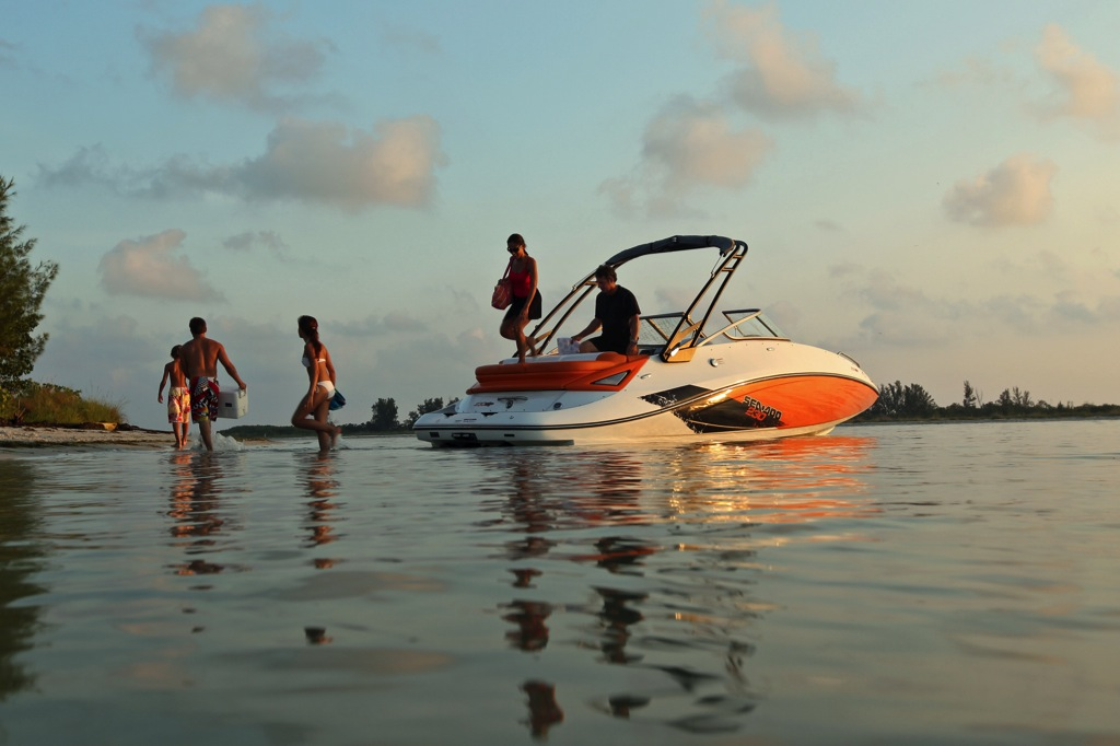 2012 Sea Doo 230 SP Boat   Lifestyle (1)