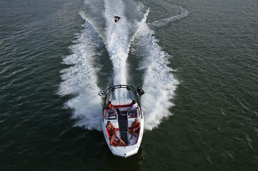 2012 Sea Doo 230 WAKE Boat   Action (4)
