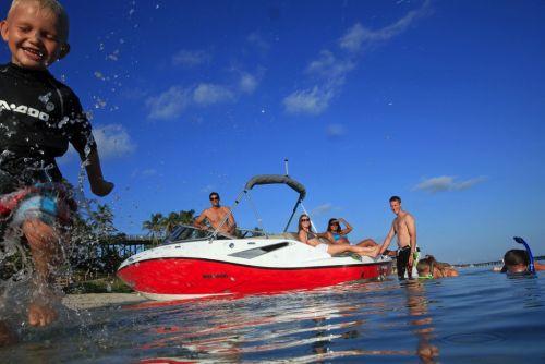 2012 Sea Doo 210 Challenger S   Lifestyle 4