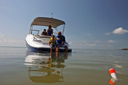 2012 Sea Doo 230 Challenger Boat   Lifestyle (3)