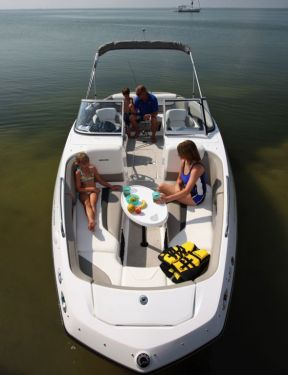 2012 Sea Doo 230 Challenger Boat   Lifestyle (1)