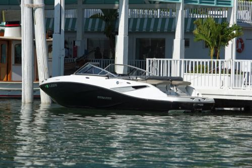 2012 Sea Doo 210 Challenger Boat   Lifestyle (5)