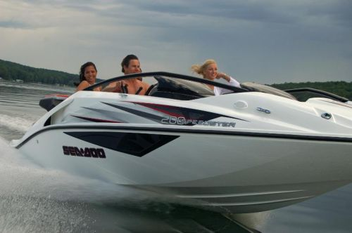 2009Sea-Doo200Speedster-Action2.jpg