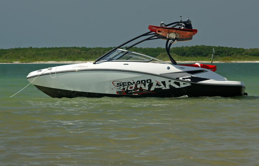 2010 Sea-Doo 210 WAKE sport boat - on-water (20).jpg