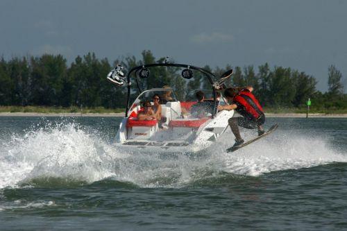 2010 Sea-Doo 210 WAKE sport boat - on-water (15).jpg