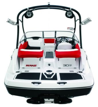 2010 Sea-Doo 210 WAKE sport boat studio - rear.jpg