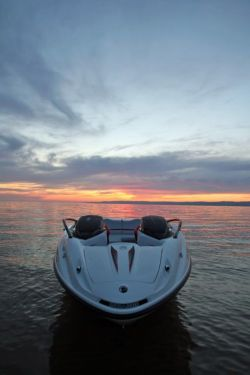 2010 Sea-Doo 200 Speedster - Lifestyle (2).jpg
