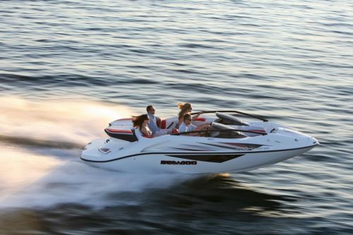 2010 Sea-Doo 200 Speedster sport boat - on-water (4).jpg