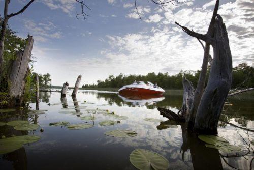 2010 Sea-Doo 180 Challenger sport boat - on-water (5).jpg