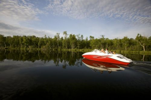 2010 Sea-Doo 180 Challenger sport boat - on-water (4).jpg