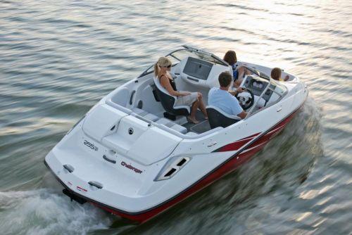 2010 Sea-Doo 180 Challenger sport boat - on-water (6).jpg