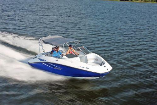 2010 Sea-Doo 180 Challenger sport boat - on-water (1).jpg