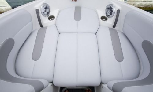 2010 Sea-Doo 180 Challenger - Bow Area.jpg