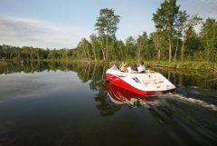 2010 Sea-Doo 180 Challenger sport boat - on-water (8).jpg