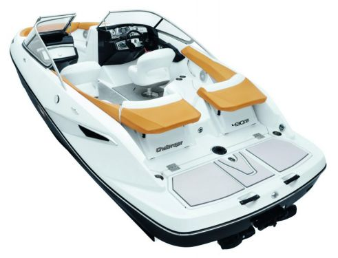2010 Sea-Doo 210 Challenger - Studio rear quarter.jpg