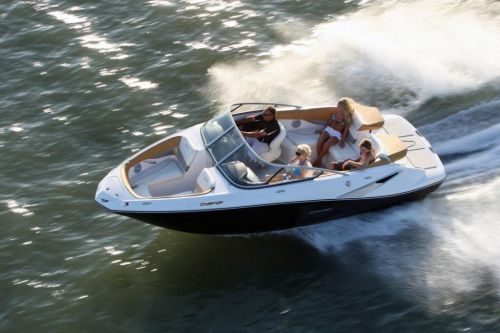 2010 Sea-Doo 210 Challenger - on-water 6.jpg