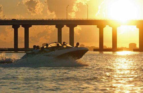 2010 Sea-Doo 210 Challenger Action - Sunset.jpg