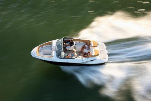 2010 Sea-Doo 210 Challenger - on-water.jpg