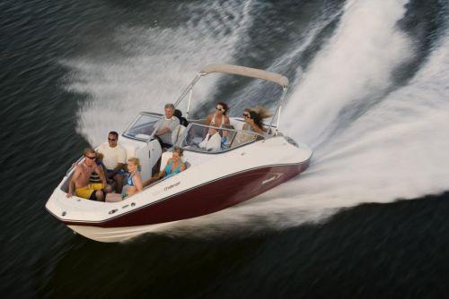 2010 Sea-Doo 230 Challenger SE sport boat - on-water (7).jpg