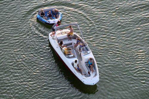 2010 Sea-Doo 230 Challenger SE sport boat - on-water (2).jpg