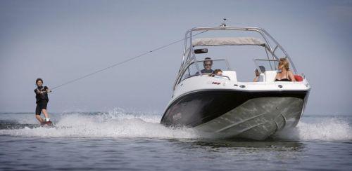 2010 Sea-Doo 230 Challenger SP sport boat - on-water (5).jpg