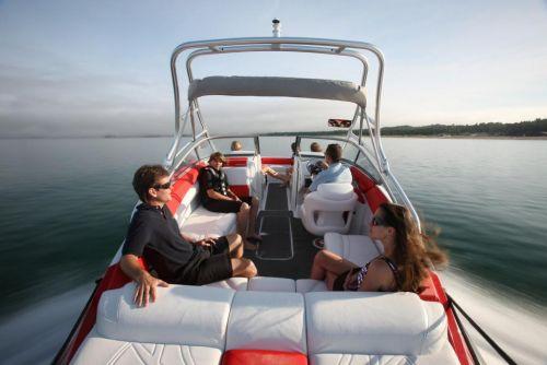 2010 Sea-Doo 230 Challenger SP sport boat - on-water (4).jpg