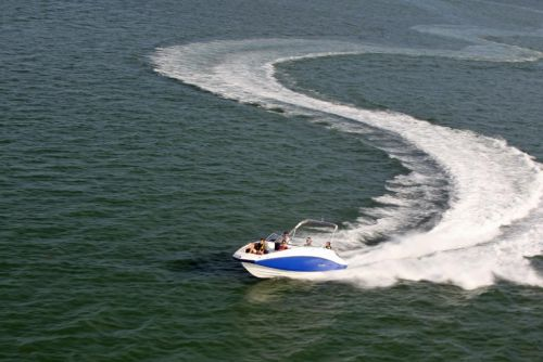 2011 Sea-Doo 230 Challenger Boat - Action (3).JPG