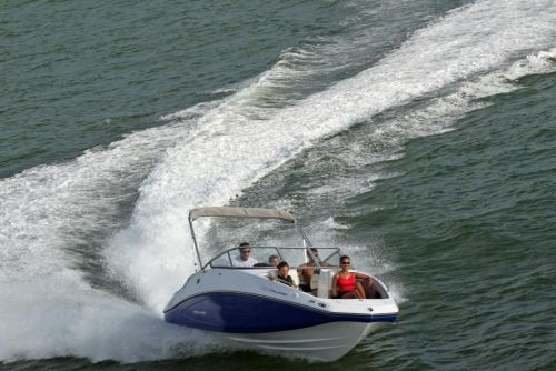 2011 Sea-Doo 230 Challenger Boat - Action (4).JPG