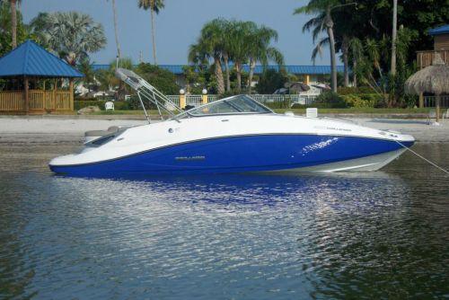 2011 Sea-Doo 230 Challenger Boat - Lifestyle (9).JPG